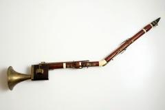 Basetni rog, kraj 18. st. Beč, Austrija. Drvo • mjed • kost, 96 cm / 13.5 cm.